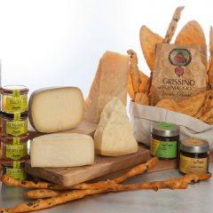 Nuovi 08  – Tagliere con formaggi